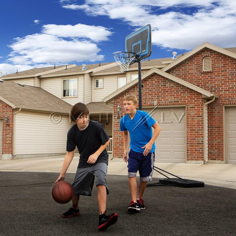 LIFETIME 1268 reguliuojamas krepšinio žiedas (2.45 - 3.05m)