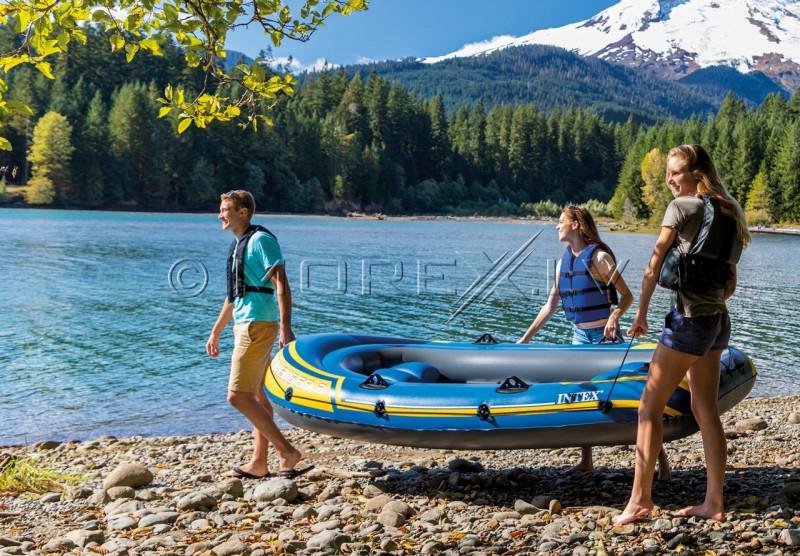 Inflatable three seat boat Intex 68370 Challenger 3 Set (295х137х43)
